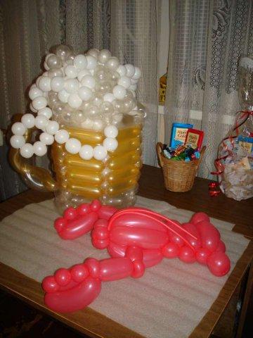 Кружка пива из шаров своими руками 127